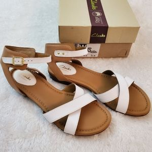 Clarks Sz 10 White Leather Vivica Zeal Sandals